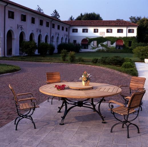 Arredamento da giardino di design arredamento da giardino for Tavoli da giardino in legno rustici