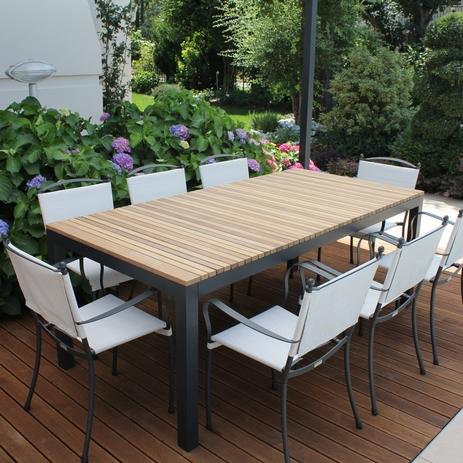 Tavoli In Metallo Da Esterno.Arredamento Da Giardino Di Design Arredamento Da Giardino Online